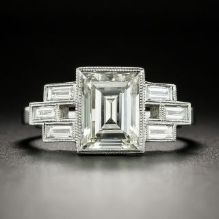 1.90 Carat Carré-Cut and Baguette Diamond Ring - 1
