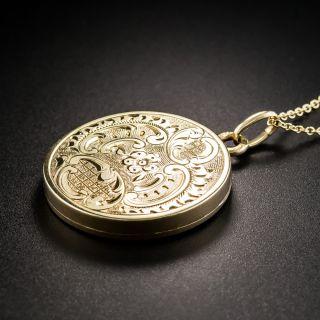15K Round Engraved Locket