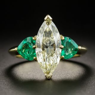 2.19 Carats Marquise Diamond W to X / SI1 (GIA) and Emerald Ring - 2
