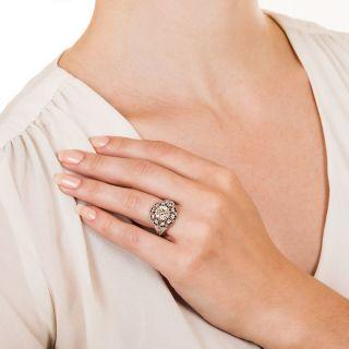 Art Deco 2.02 Carat Diamond and Calibre Onyx Ring - GIA G VS1