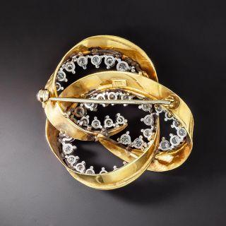 Diamond Knot Motif Pin