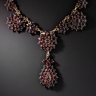 Early-20th Century Bohemian Garnet Cluster Necklace - 1