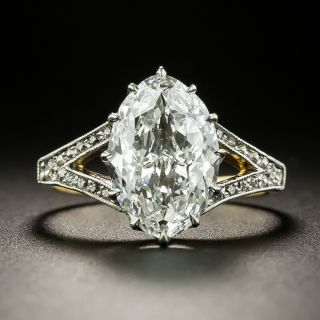 Edwardian 2.86 Carat 'Novelty-Cut' Moval Diamond Ring  - GIA F VVS2 - 2