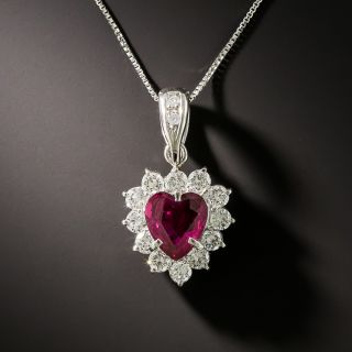 Estate 1.16 Carat Heart Shaped Ruby and Diamond Necklace - 3