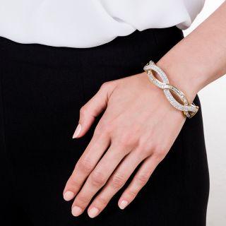 Estate 18K Diamond Bangle Bracelet