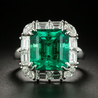 Estate 6.24 Carat Colombian Emerald and Diamond Ring  - 1