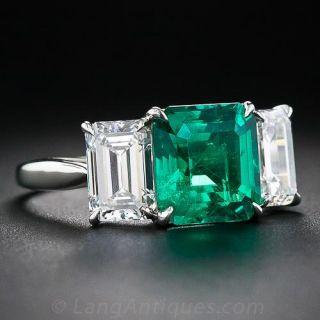 Fine 2.75 Carat Emerald and Diamond Platinum Ring