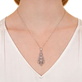 Art Deco Filigree Diamond Pendant Necklace