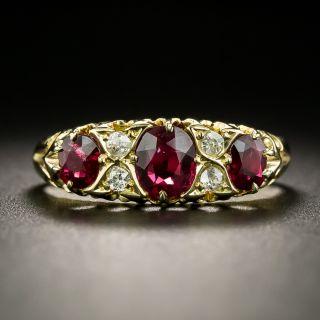Late-Victorian English Three-Stone Ruby And Diamond  Ring - 2