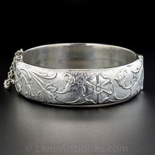 Mid-Century English Silver Hinged Bangle Bracelet