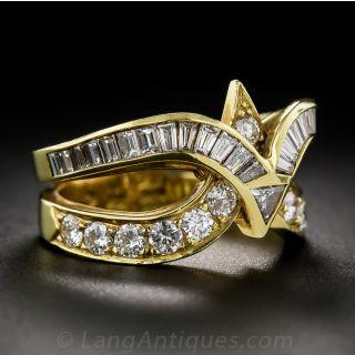 Modern Diamond and 18 Karat Yellow Gold Ring