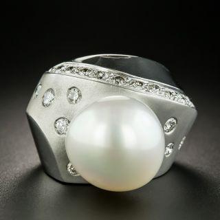 Modern South Sea Pearl And Diamond Ring - 2