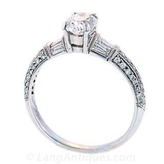 Oval Cut Diamond Solitaire