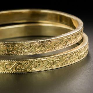 Pair of Victorian Engraved Bangle Bracelets - 2