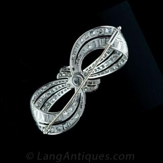 Platinum 1920's Diamond Bow Motif Brooch