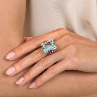 Retro 22.00 Carat Aquamarine and Ruby Rose Gold Ring