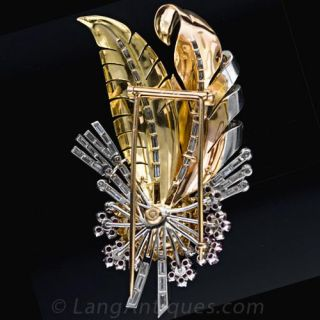 Retro Feather Brooch by Ghiso