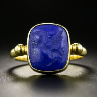 Revival Style 18K Carved Lapis Lazuli Ring   - 2
