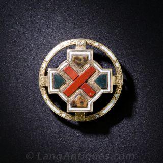 Small Scottish Gold and Agate Circle Pin