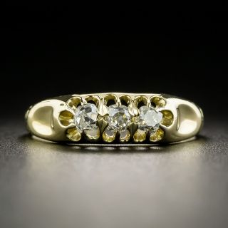 Small Victorian Three-Stone Diamond Ring - 2