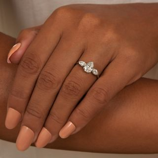 Vintage 1.10 Carat Pear Shaped Diamond Engagement Ring - GIA  J VS1