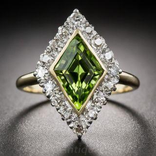 Vintage Lozenge-Shaped Peridot and Diamond Ring - 2