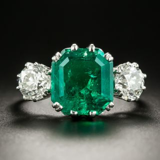 Vintage Style 4.07 Carat Colombian Emerald and Diamond Ring - 2