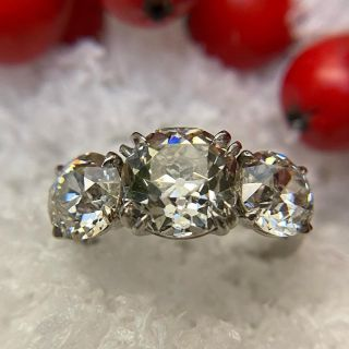 Vintage Three-Stone 4.59 Carat Total Weight Diamond Engagement Ring - GIA