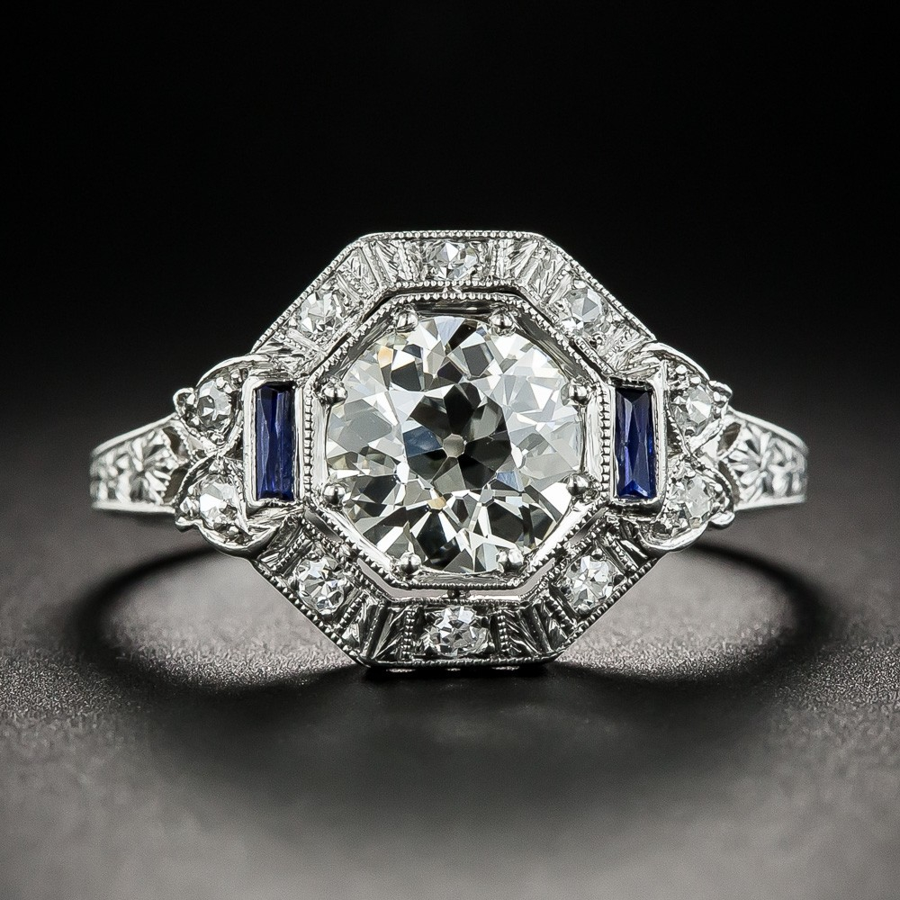 Art Deco 1.32 Carat Diamond and Platinum Engagement Ring