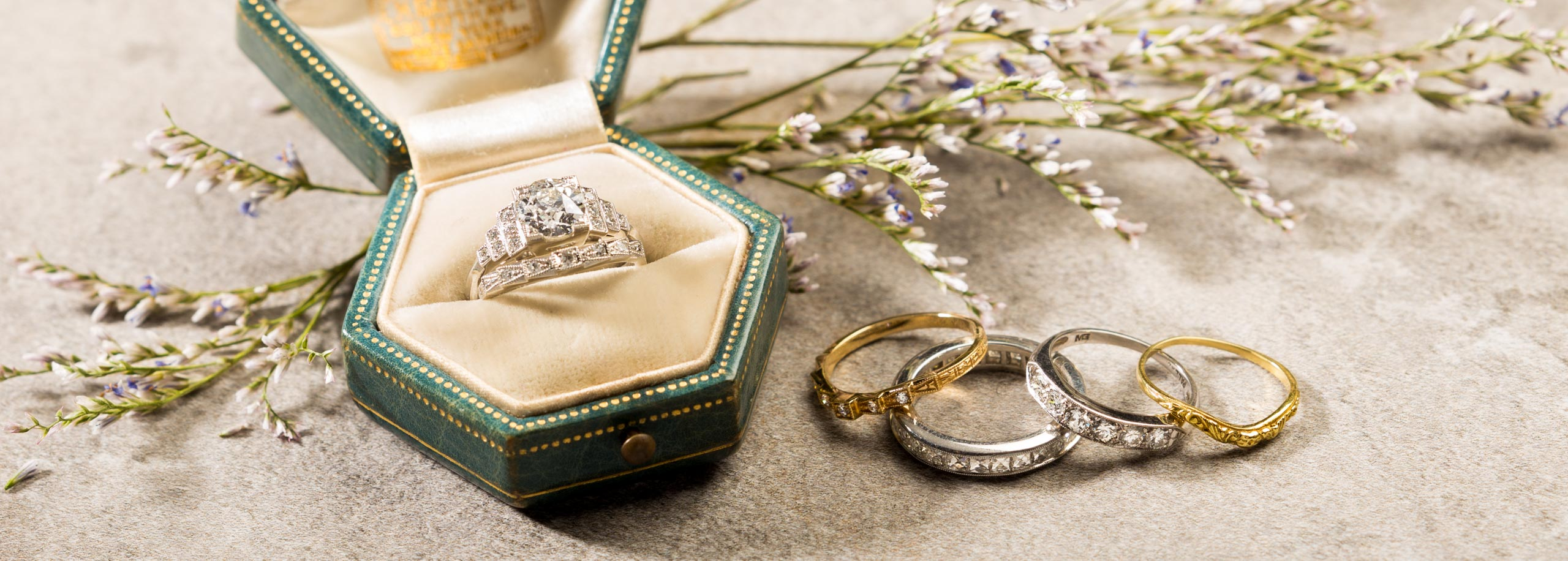 How to pair your wedding band